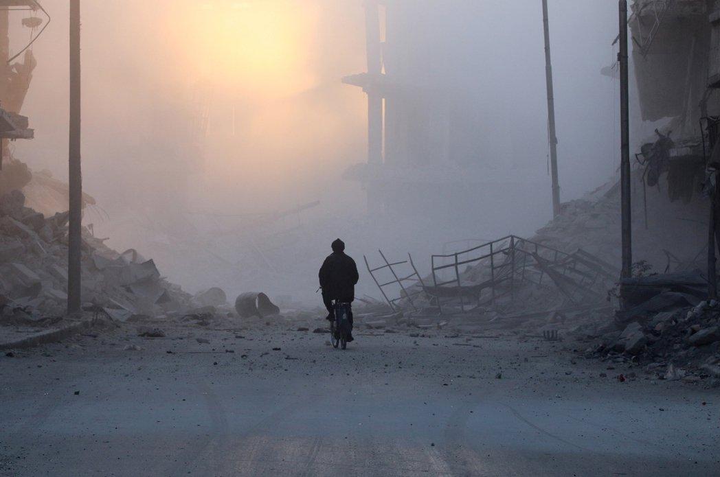 與此同時,北方的阿勒頗卻一片寂靜。 圖/路透社