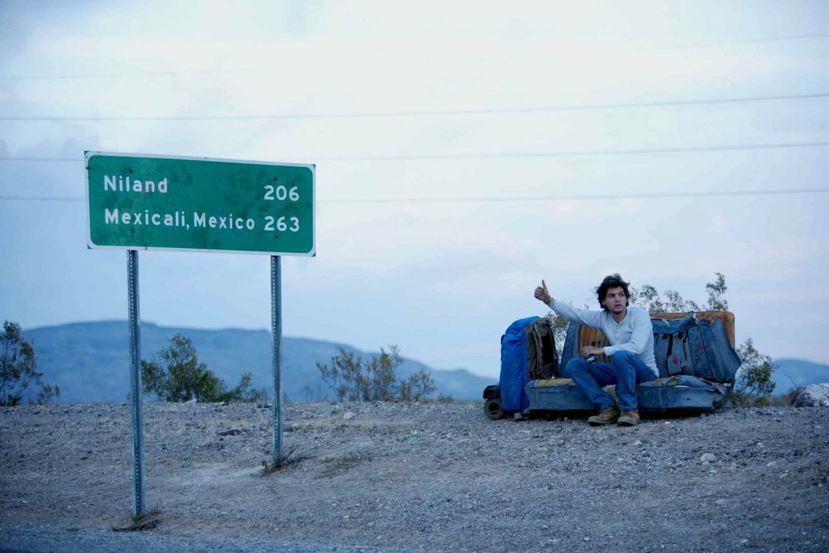「我年輕的時候也常常搭便車。看到你們,就想到以前身無分文,在路邊等車的我。」 圖...