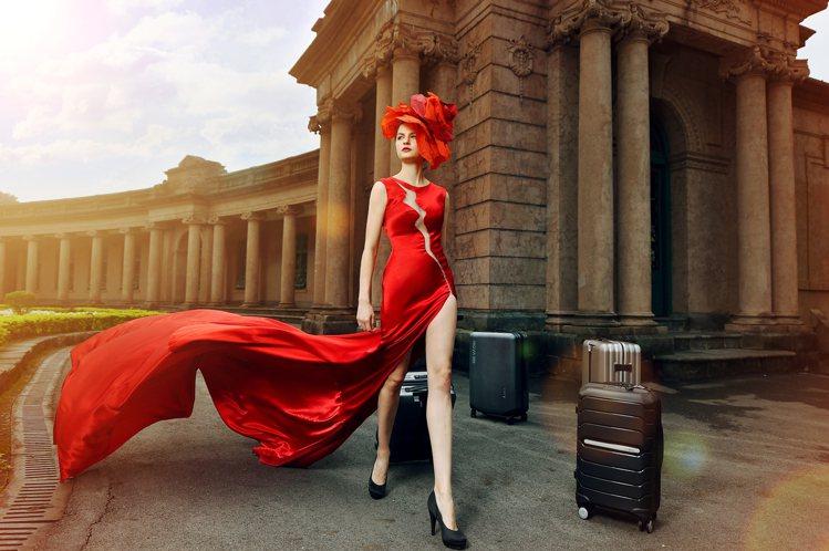 年底派對季節登場,法緹主打出租禮服送沙龍照。圖/法緹婚禮提供