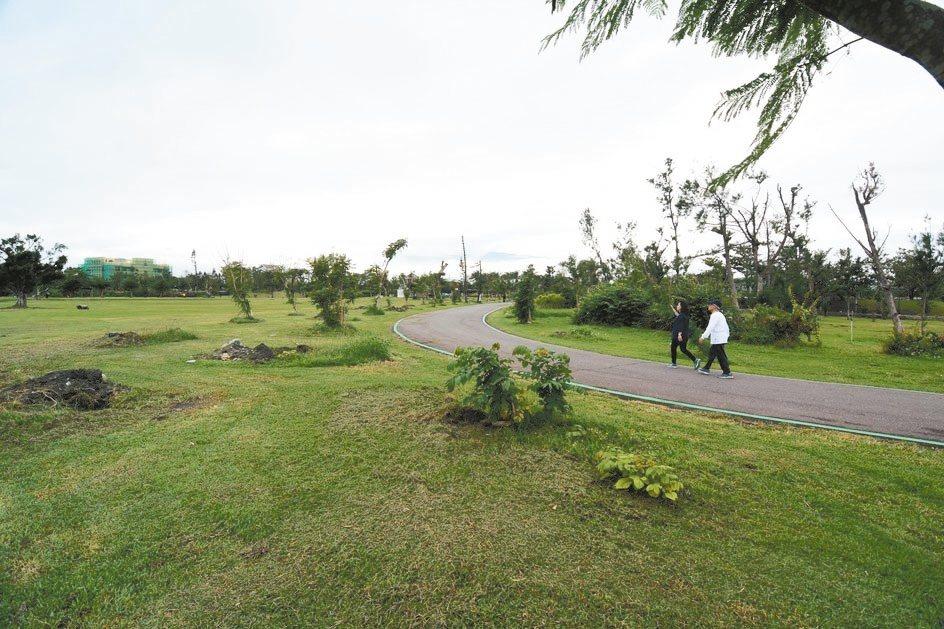台東縣政府決定於106年元旦起,台東森林公園開始收費。 記者尤聰光/攝影