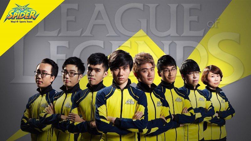 華義SPIDER職業電競隊《英雄聯盟》團隊團隊成員(由左至右):教練YO、Cor...