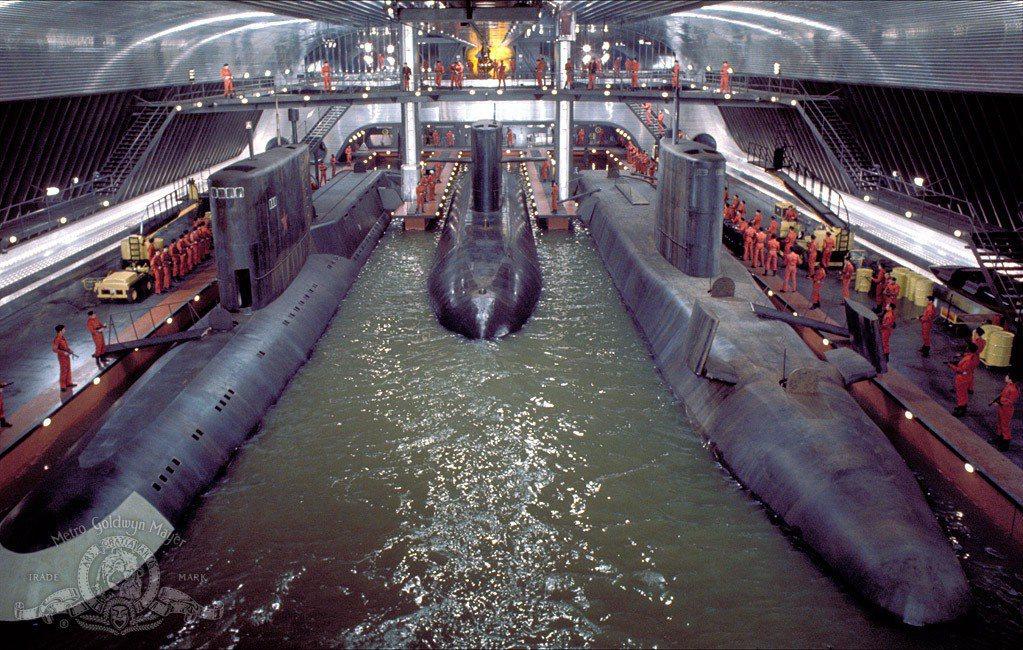 「海底城」運用世界上最大的攝影棚,拍攝壯觀氣派的場面。圖/摘自imdb