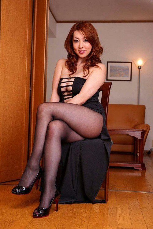 風間由美寫真。 圖片來源/ ザ・豊満美熟女!ムチムチGカップ巨乳おっぱい画像