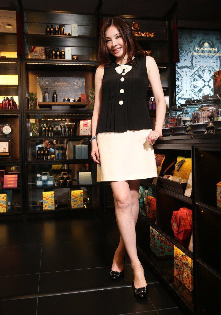 引進泰國香氛HARNN品牌的何如芸,本身是玫瑰香氛控。記者陳正興/攝影