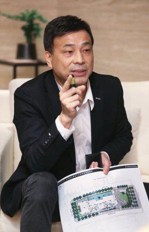 潤泰創新董事長簡滄圳。記者陳正興/攝影