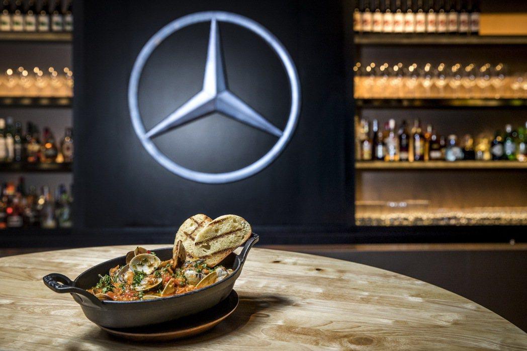 Mercedes-Benz概念館邀請教父牛排TOP CAP Steakhouse...