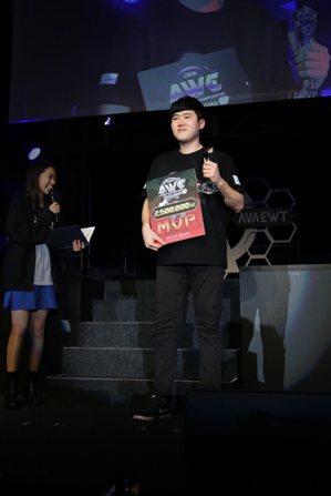 本屆賽事 MVP 由 Heat 主力選手 Agp 獲得。
