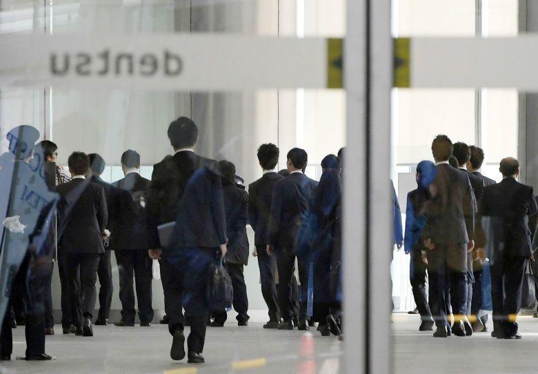 日本「不擇手段完成目標,被殺死也不足惜」的職場文化,被認為對於過勞和職場霸凌有火...