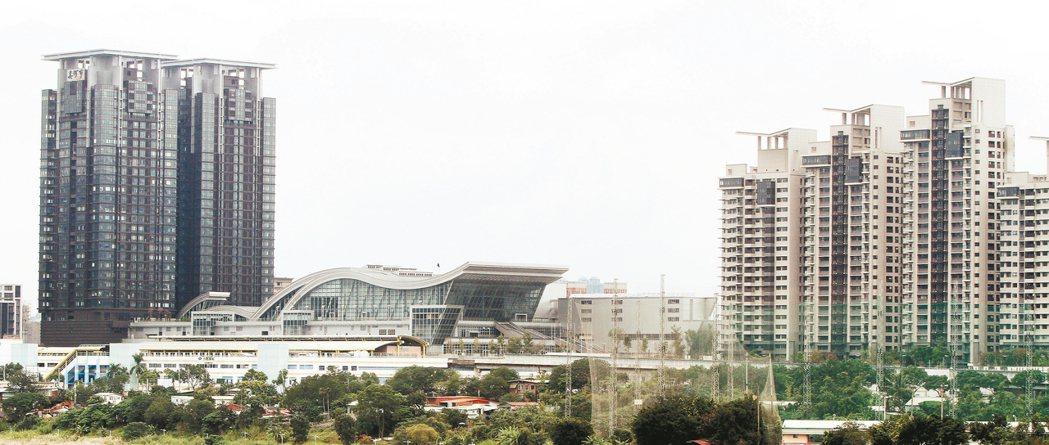 位於新店小碧潭捷運站的美河市建案。 本報資料照片