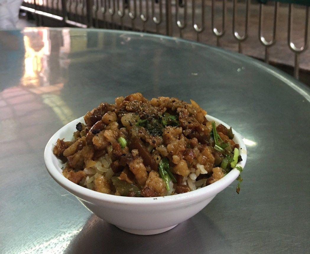 滷肉飯。記者江慧珺/攝影