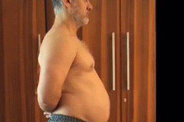 印度51歲的「國寶級」天王男星阿米爾汗(Aamir Khan)將在新劇「Dangal」中演出摔跤手馬哈維亞福蓋特(Mahavir Singh Phogat),為求真實呈現馬哈維亞的經歷,他特別增肥2...