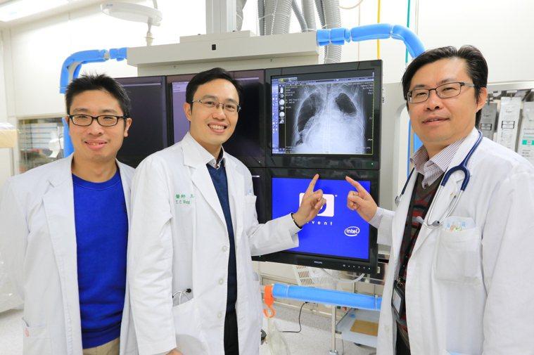 張男罹患罕見結核性心包膜炎,心臟腫大如排球。圖/亞大醫院提供