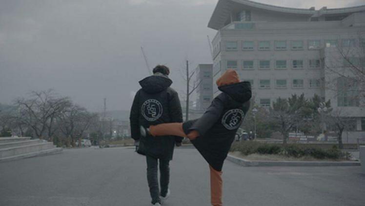 南柱赫(左)與李聖經目前一起拍攝韓劇「舉重妖精金福珠」,在個人IG上也會PO出2...