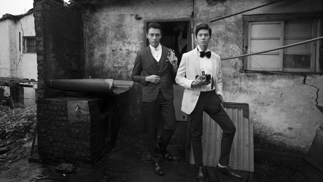 林柏宏(右)、張睿家去年工作運都很旺。圖/周子娛樂提供