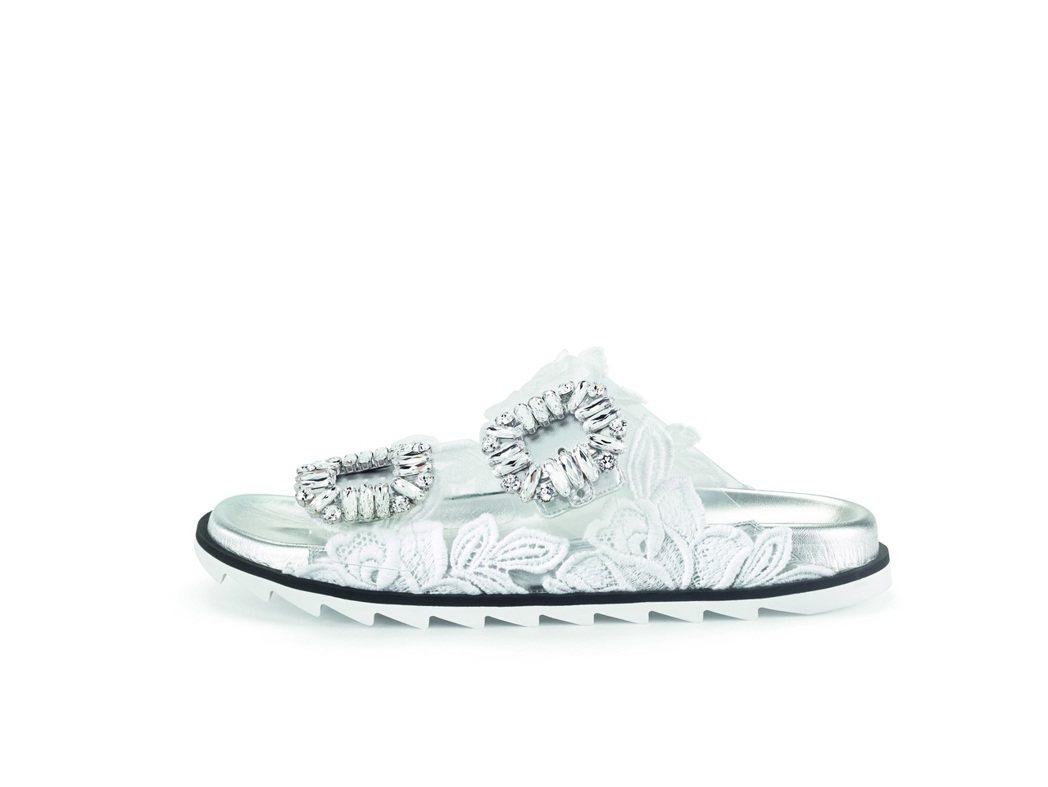 SLIDY VIV'平底休閒涼鞋,售價56,000元。圖/Roger Vivie...