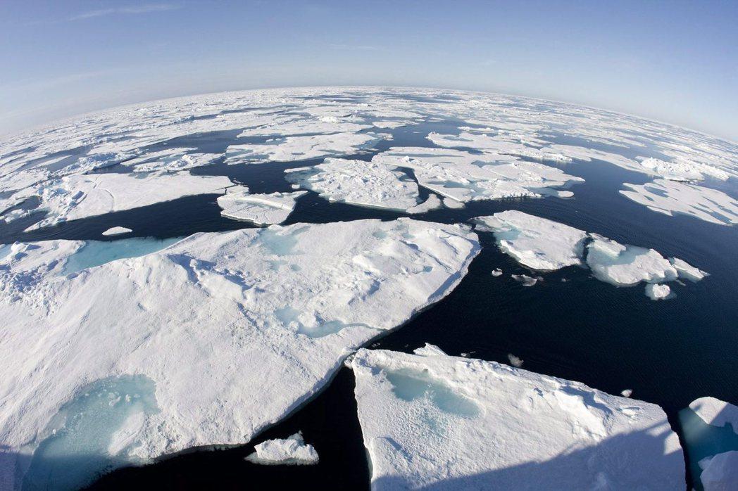 2016年證實是史上最熱的一年,全球均溫達攝氏4.8度,北極升溫幅度最大。(美聯...