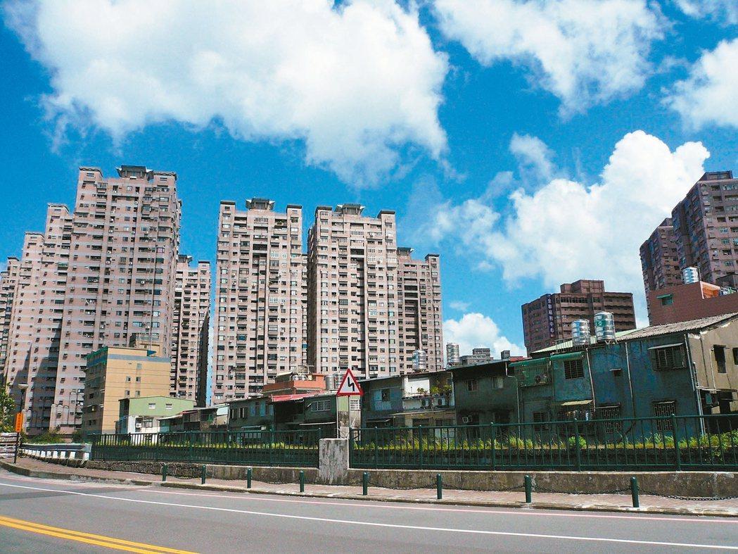 今年房價如何? 多數業者仍看跌。 記者游智文/攝影