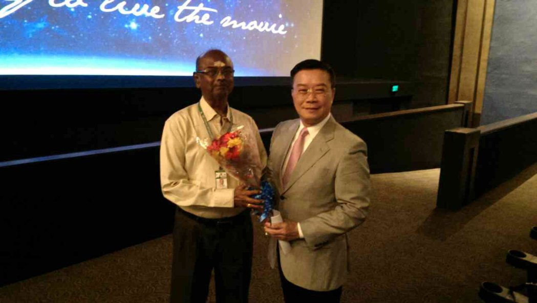 清奈國際影展主辦單位「印度電影欣賞協會」秘書長湯格瑞吉(左),6日在影展播映台灣