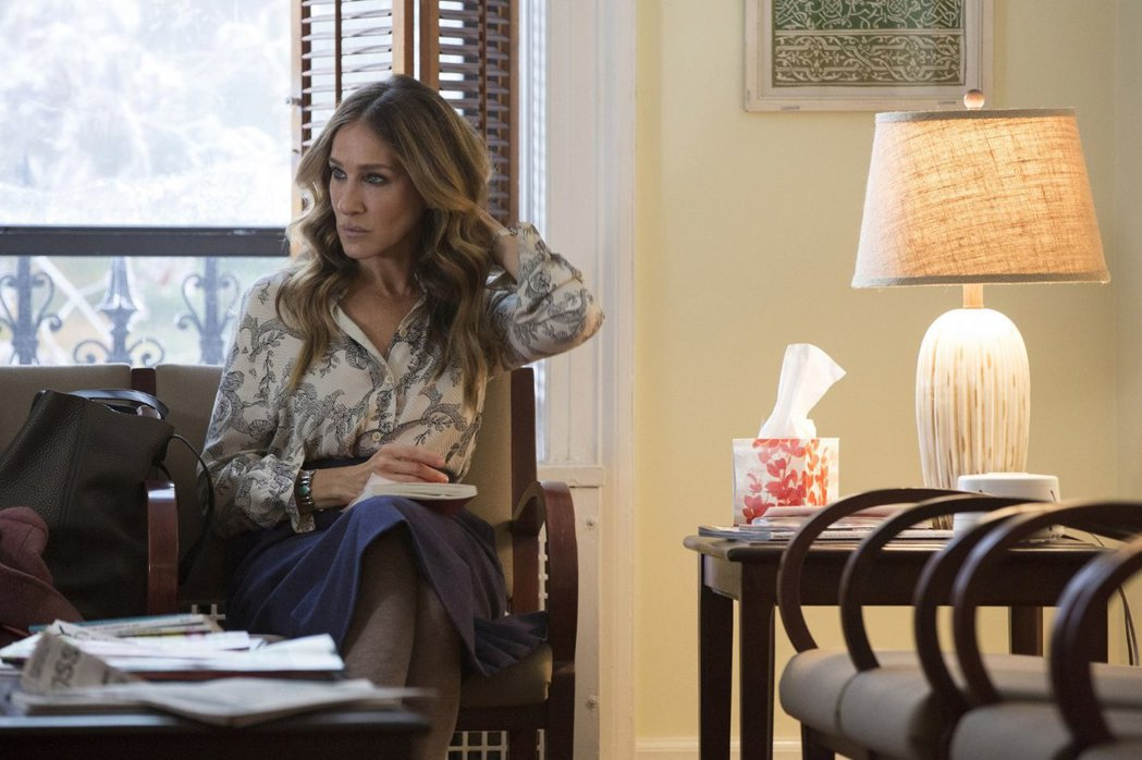 莎拉潔西卡派克憑「離婚歐買尬」入圍金球獎最佳喜劇影集女主角。圖/摘自imdb