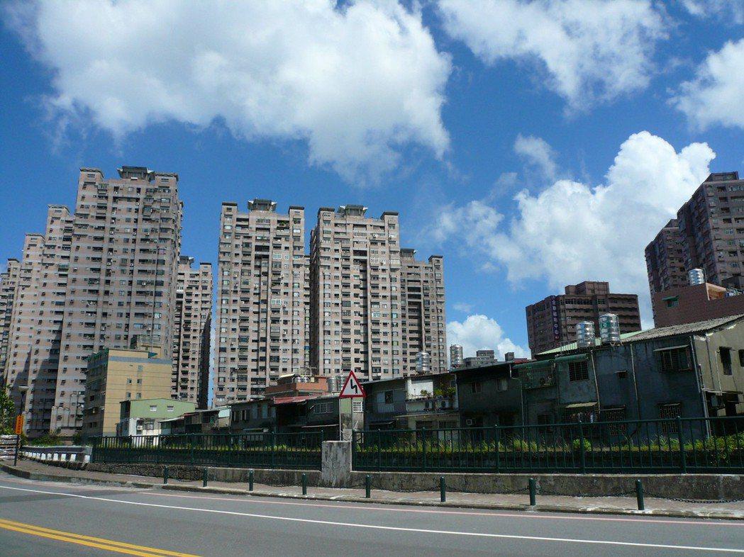 今年房價如何? 多數業者仍看跌。記者游智文/攝影