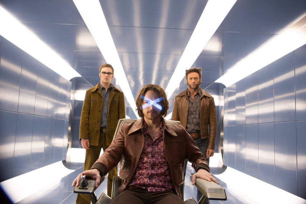 「X教授」詹姆斯麥艾維(中)傳言將回歸「X戰警」系列。圖/福斯提供