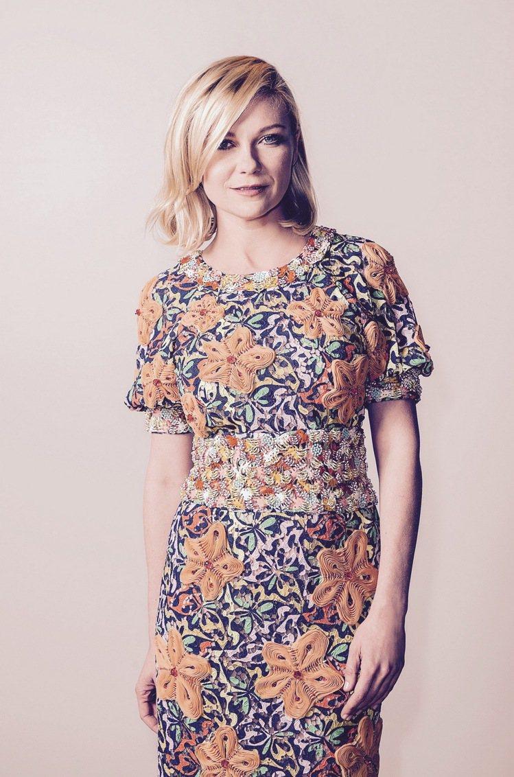 克絲汀鄧斯特早在去年五月已經在第69屆坎城國際影展中穿過同樣一件衣服。圖/香奈兒...