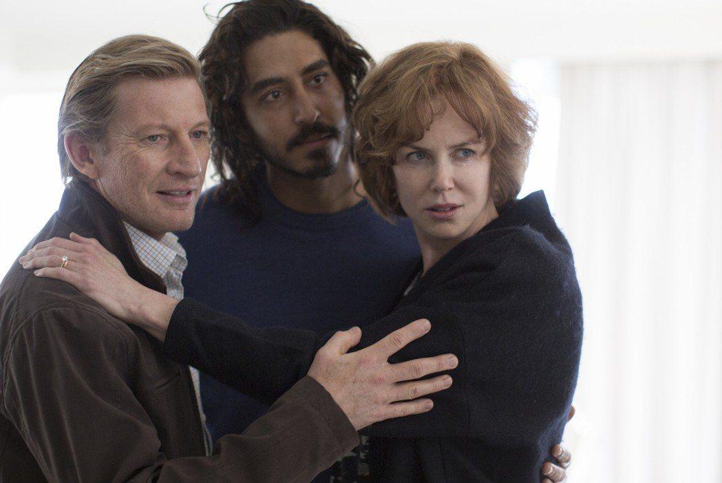 奧斯卡影后妮可基嫚(右)演技爆發,再度問鼎奧斯卡。圖/甲上提供