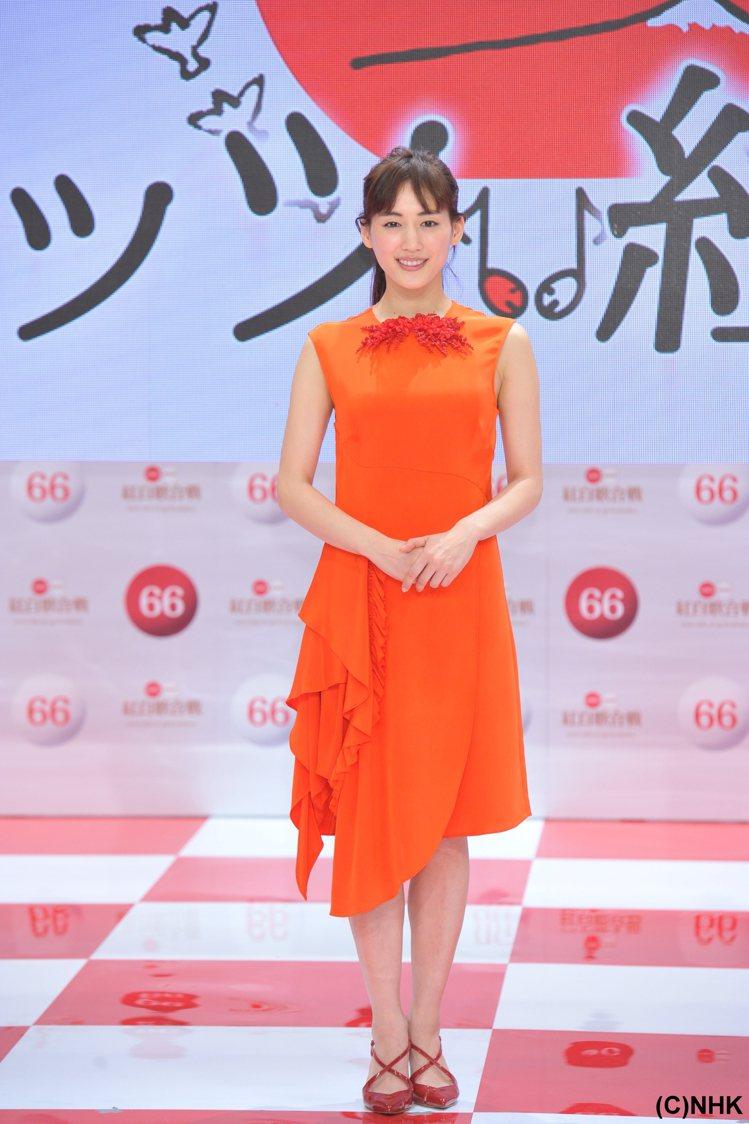 綾瀨遙在日本擁有高人氣。圖/緯來日本台提供