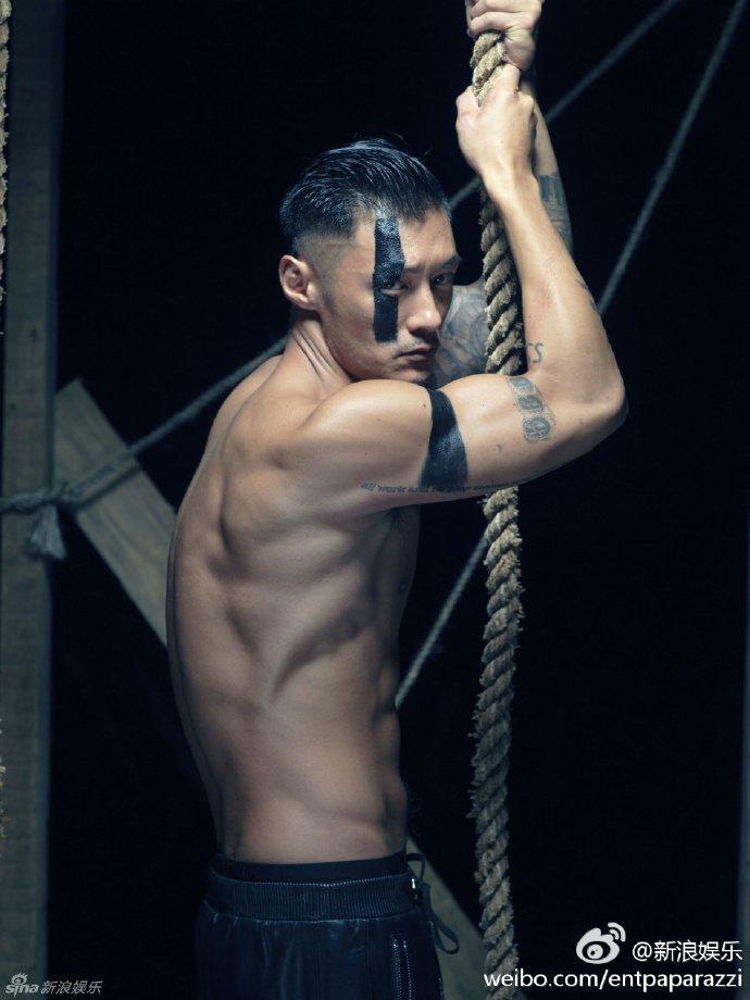 余文樂是為了新片「悟空傳」導演郭子健的要求,所以展開十個月的健身計畫。圖/取自微...