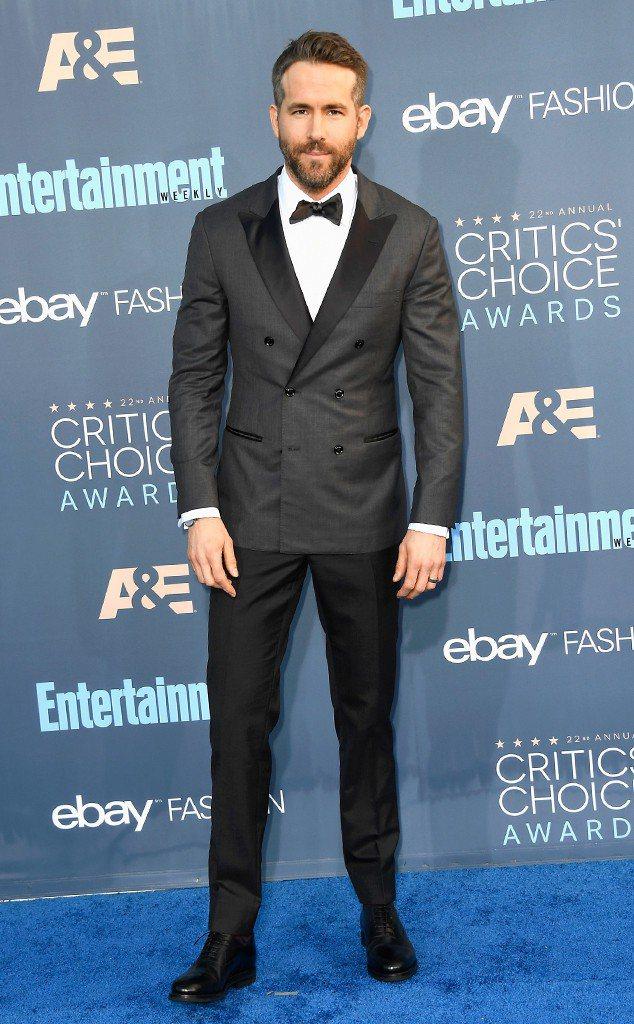 萊恩雷諾斯入圍金球獎電影音樂及喜劇類男主角。圖╱摘自E!Online