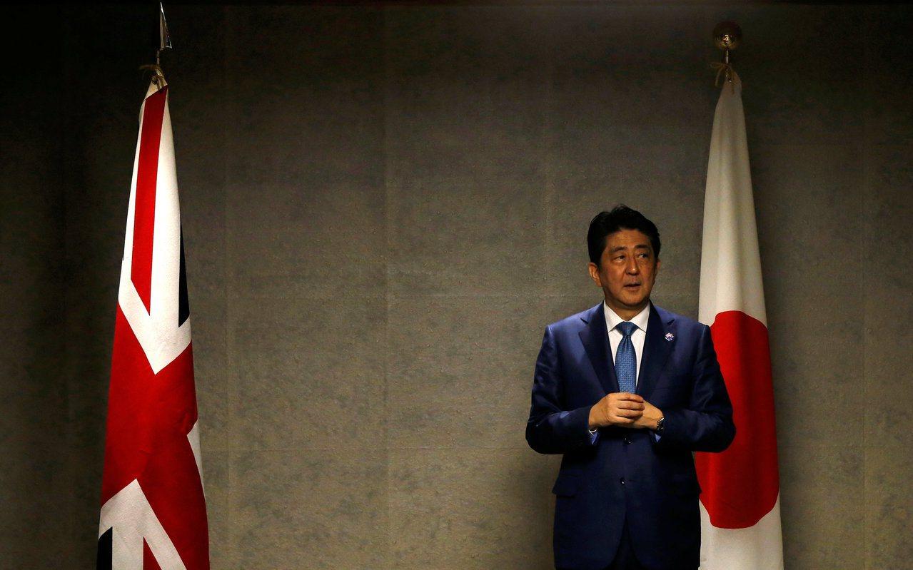 在去年,英國也拋出了「重返亞太」的訊息,但在選擇「重返」的主要合作伙伴上,卻跳過...