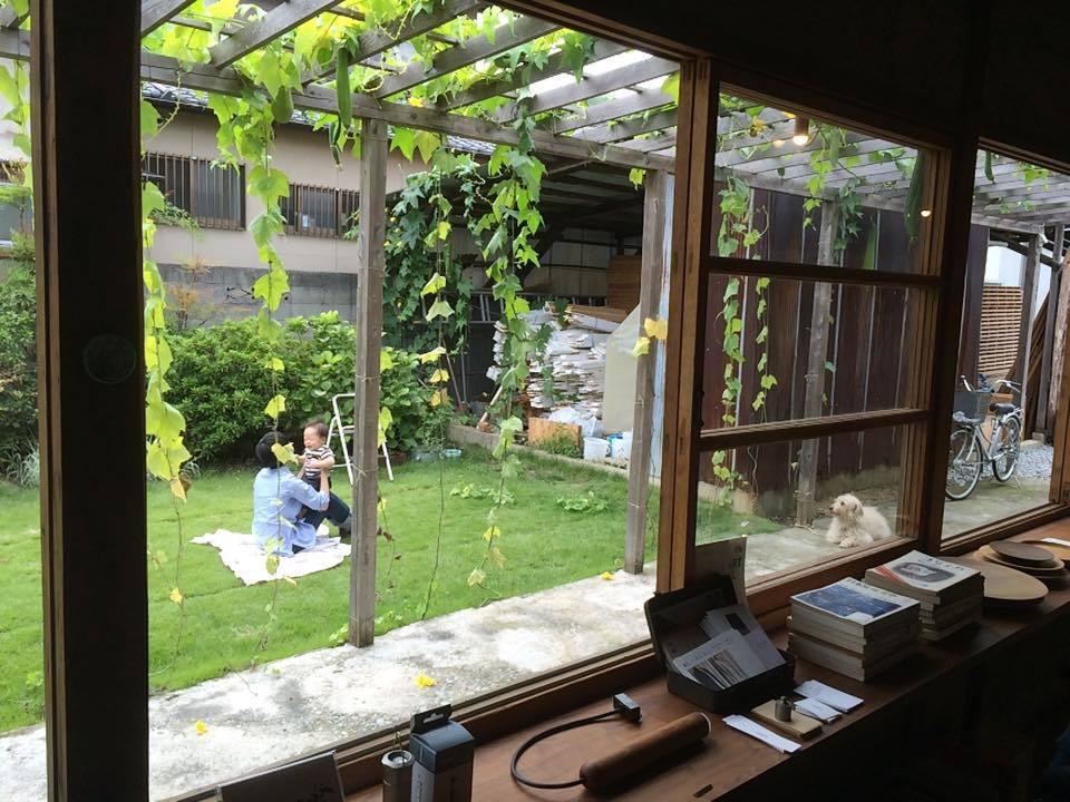 作者Ting的私房精選書店:絲瓜文庫。書店位於香川縣高松市佛生山町一帶,在店外真...