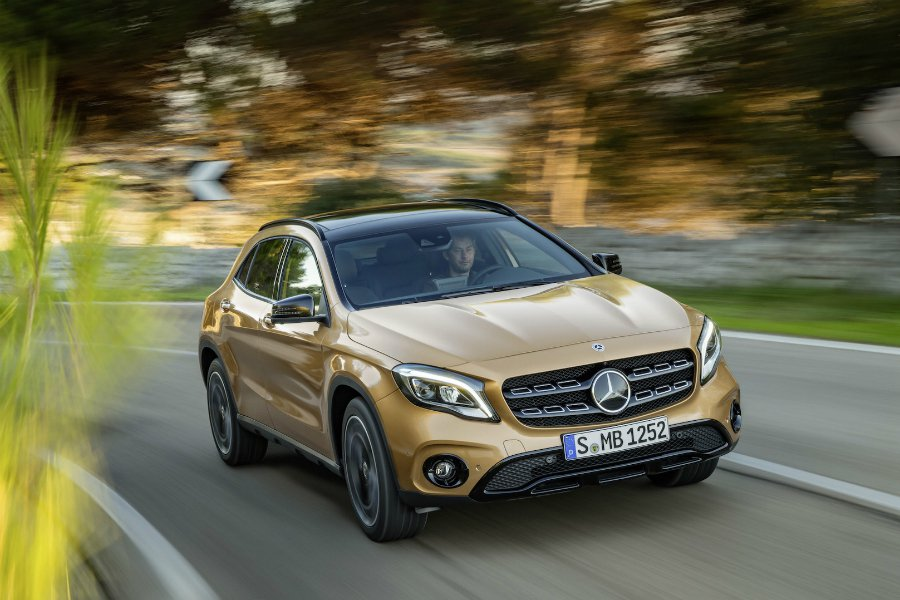 Mercedes-Benz 於底特律車展公佈小型跨界休旅 GLA 車系的改款內容...