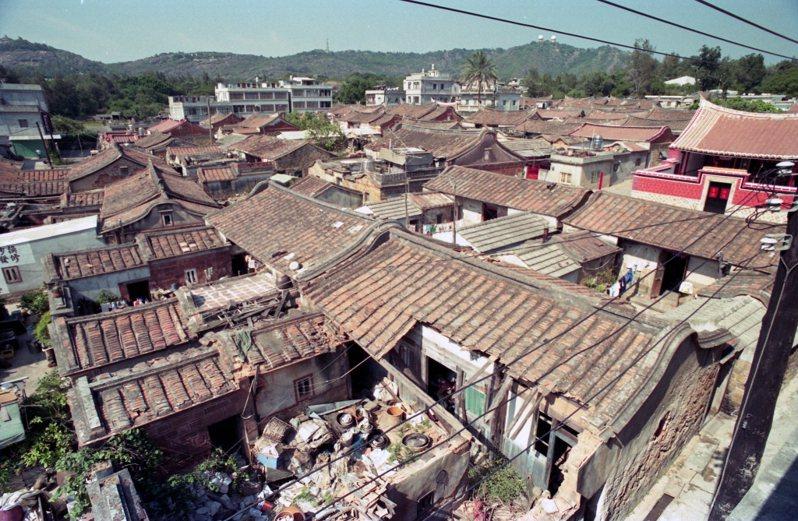 【閩南的滋味】頹敗中綻放的襲產:金門的危樓古厝