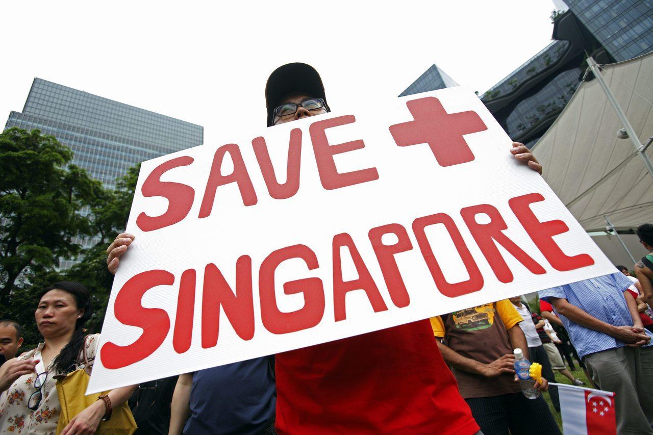 随着外来人口不断增长,加上新加坡内部就业市场紧缩,星国国内逐渐兴起排外主义。图为...