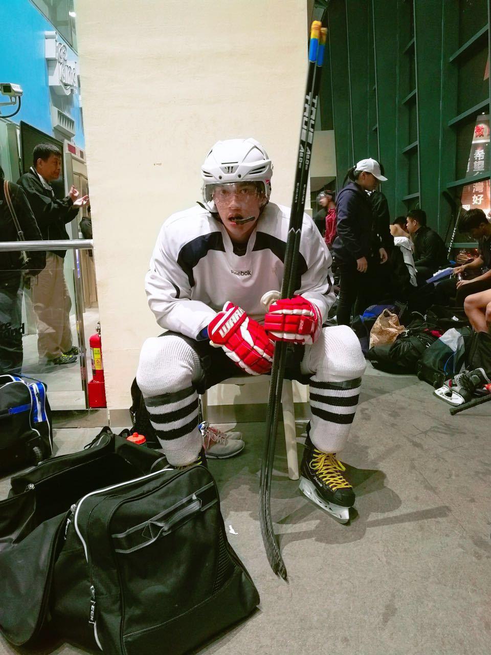 許孟哲入選中華民國冰球協會「2017男子成人中華台北代表隊」選手資格。圖/星恆娛