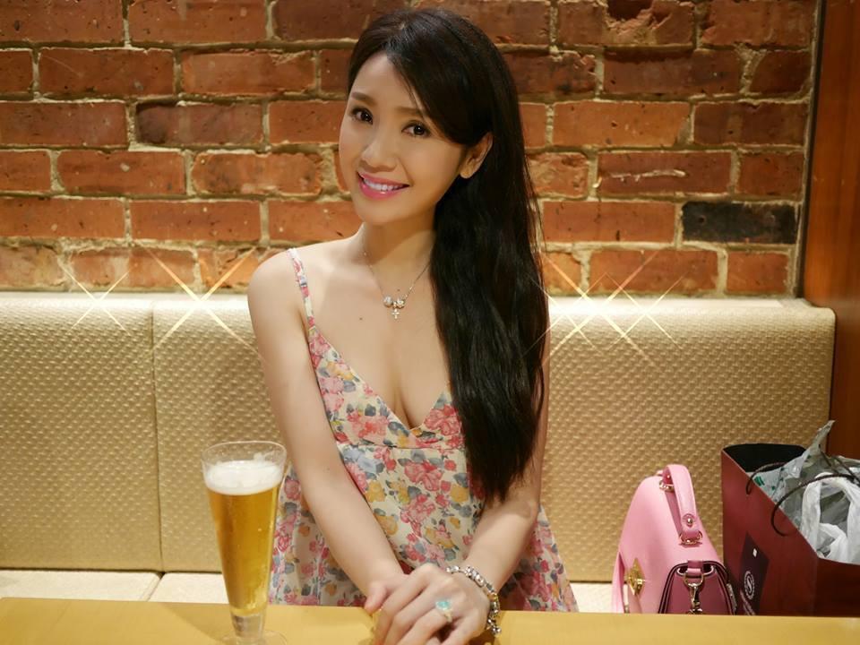 媒體爆料海倫清桃因有小王才引發老公吃醋因而揭開18年的騙局。  圖/摘自臉書