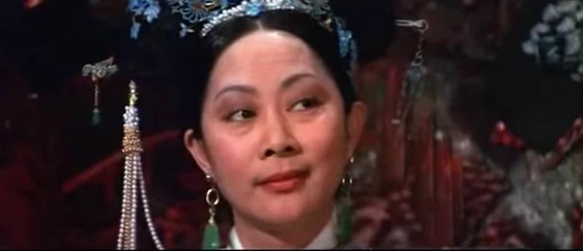 盧燕曾四度扮演慈禧太后,圖為1975年「傾國傾城」。圖/截自網路