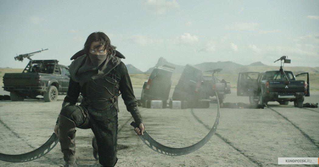俄羅斯超級英雄電影「守護者聯盟」預告公布後,有眼尖網友發現「守護者聯盟」角色「可