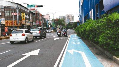 機車左轉專用車道。 圖/新北市交通局提供