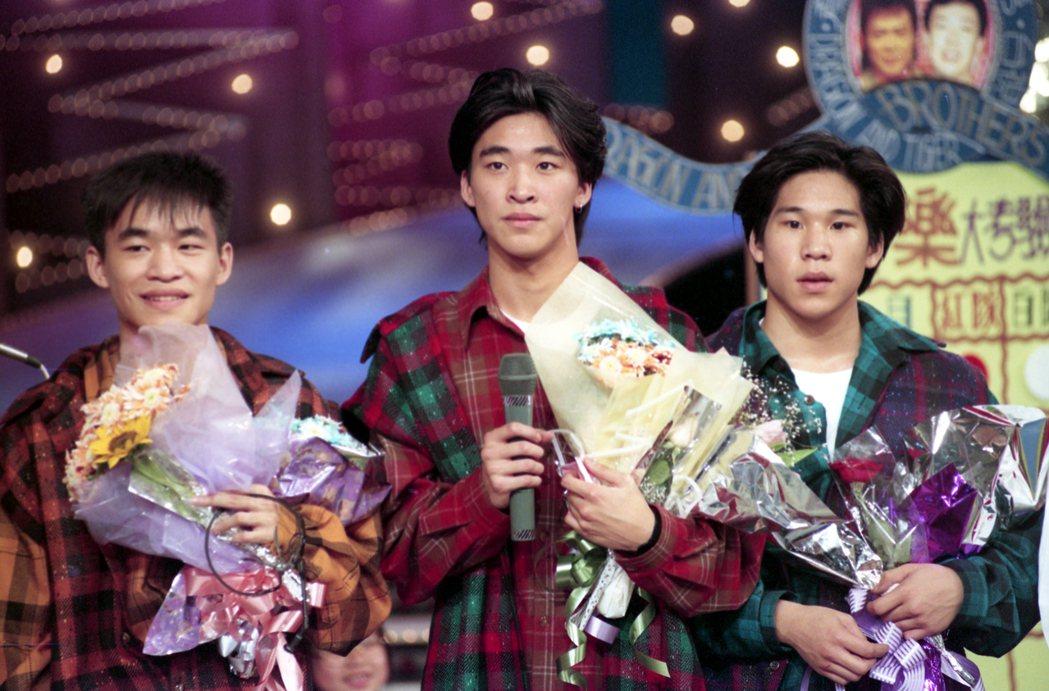 龍兄虎弟節目錄影,L.A. Boyz(洛城三兄弟)黃立成(左起)、黃立行、林智文...