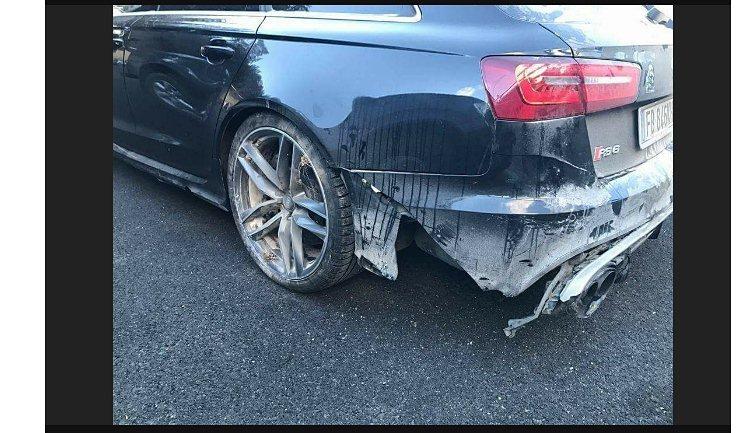 Rossi的Audi RS6受損頗嚴重。 摘自gtspirit.com