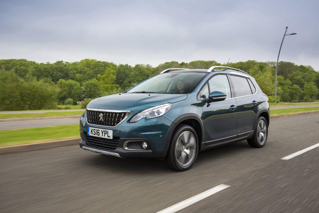 2008的底盤紮實,給予駕駛人操控信心。 圖/Peugeot提供