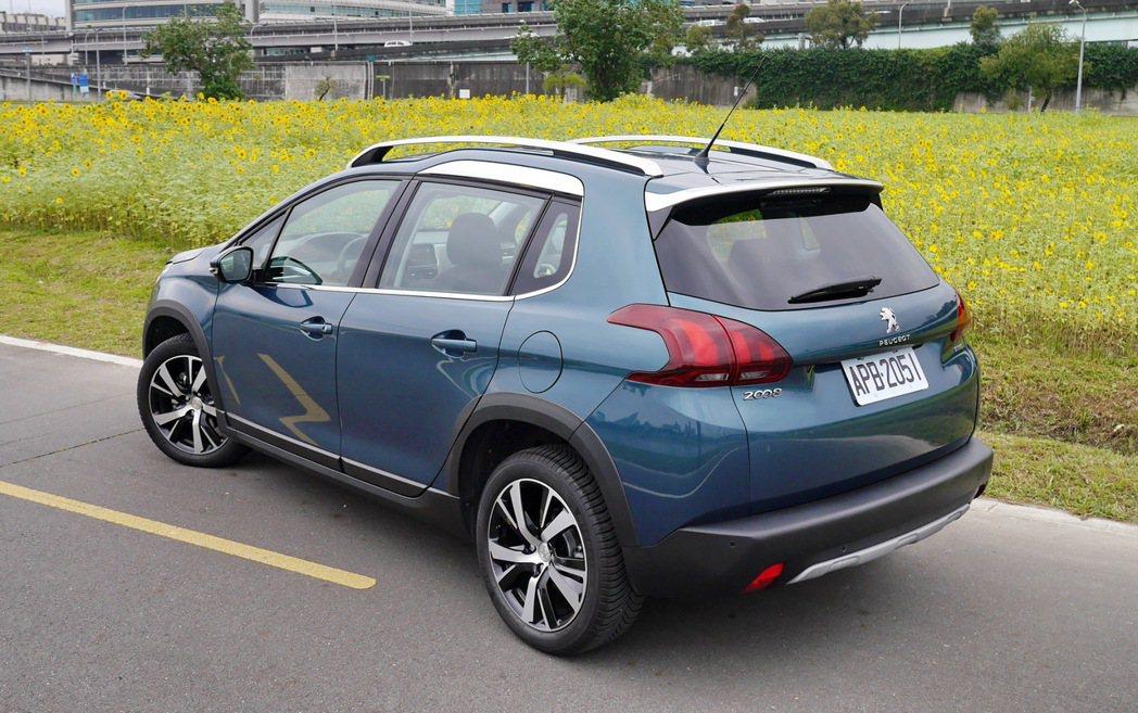 Peugeot 2008的外型頗為優雅。 記者陳威任/攝影