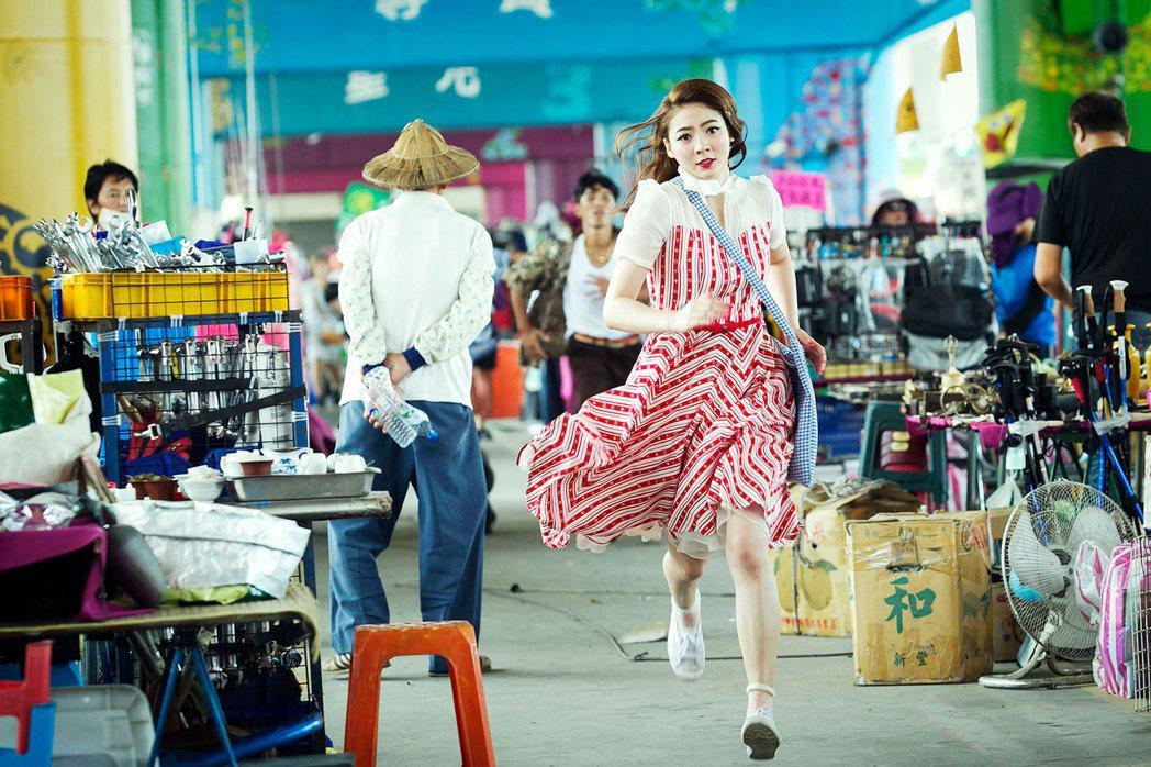 豬哥亮2017金雞年推出最新賀歲電影「大釣哥」。圖/華聯國際提供