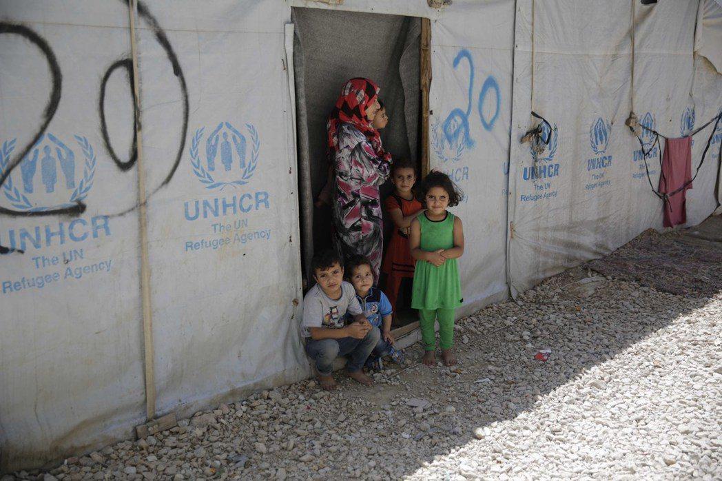 LV持續與UNICEF攜手救援全球弱勢兒童。圖/LV提供