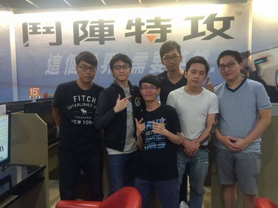 聶寶是台灣第一批能玩到《鬥陣特攻》的玩家,也因此累積深厚的實力。
