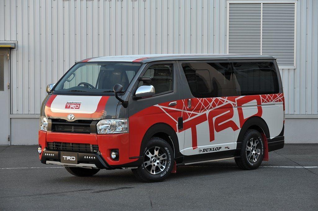 Hiace TRD Concept 換上 TRD 塗裝後,完全與第五代市售版本車...