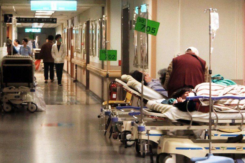 長照2.0「無縫接軌」的當務之急,必須優先處理出院準備服務與長期照顧管理中心之間...