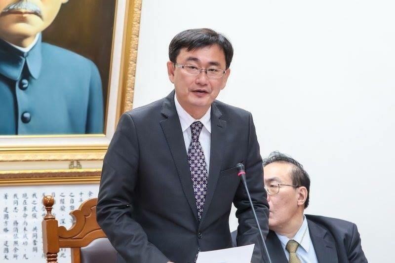 台中國家歌劇院成立以來風波不斷,民進黨立委黃國書說,營運團隊把「國際級的建築搞成...